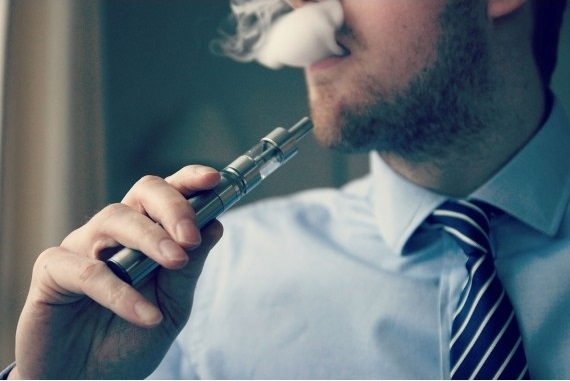 ECIG: What Vaping e-Cigarette Does to Your Body?