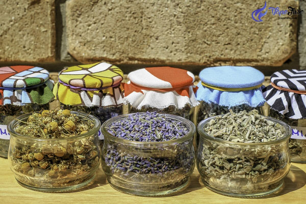 Dry-herbs-for-vaping