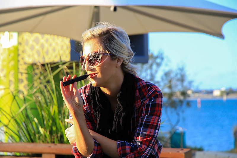Michelle with Phantom Mini Portable Vaporizer