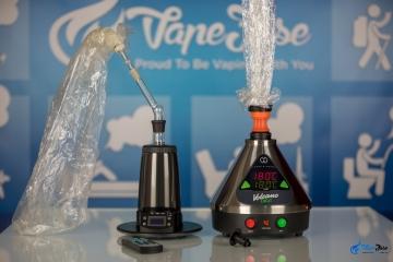 Battle of the Desktop Vapes: Arizer Extreme Q vs Volcano Digit Vaporizer