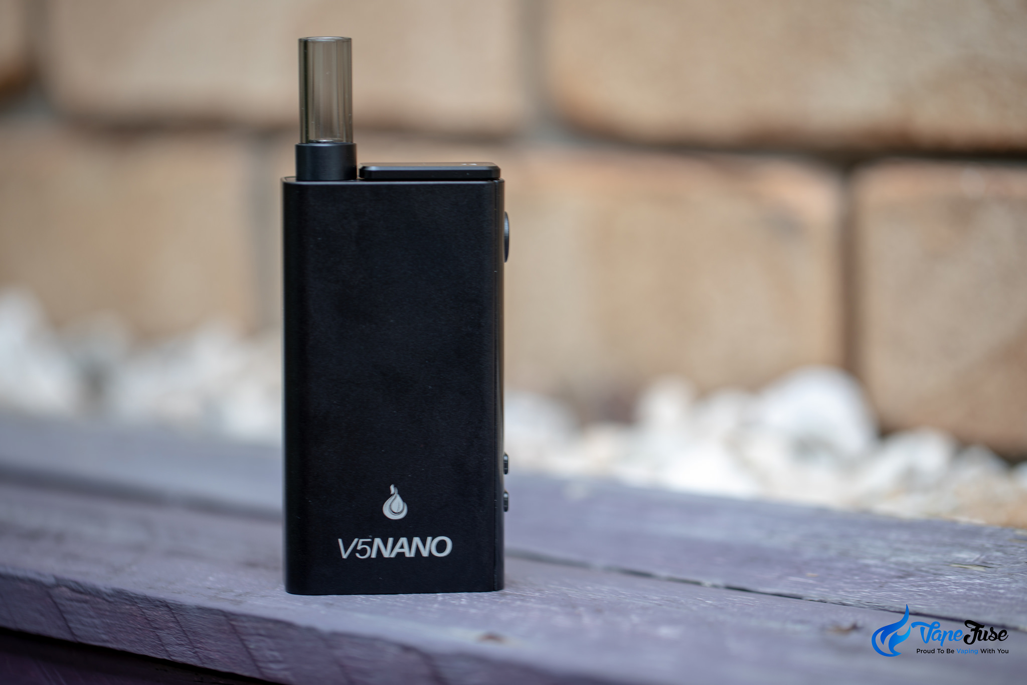 Top 10 Vapes Under $150 Flowermate V5 Nano