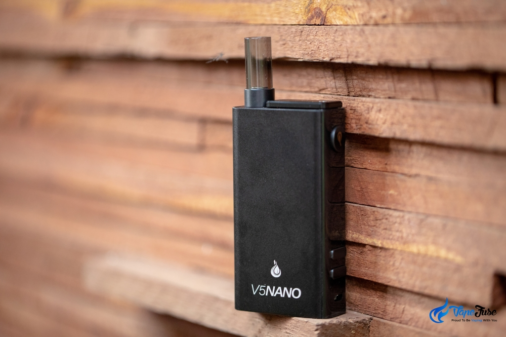 Flowermate V5 Nano Portable Vape - with wood background