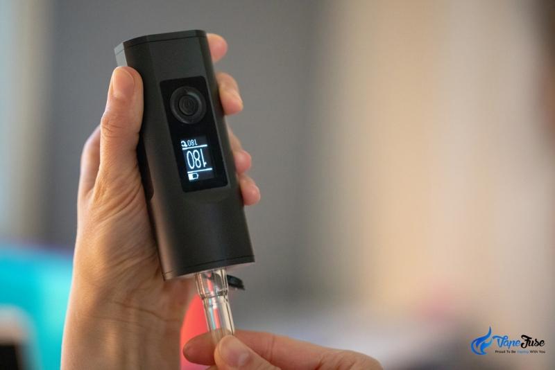 Loading aroma tube into Solo II vaporizer