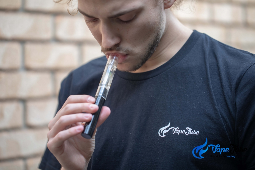 Crave Quantum Concentrate Vape with bubbler
