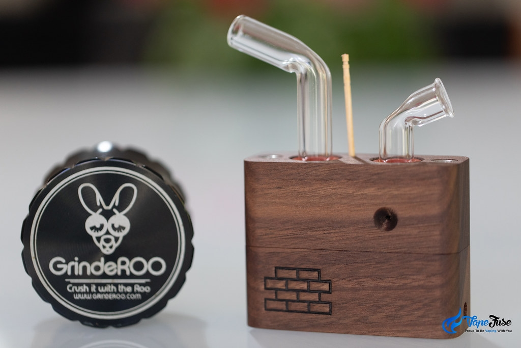 Sticky Brick Labs Junior Vaporzier with GrindeROO